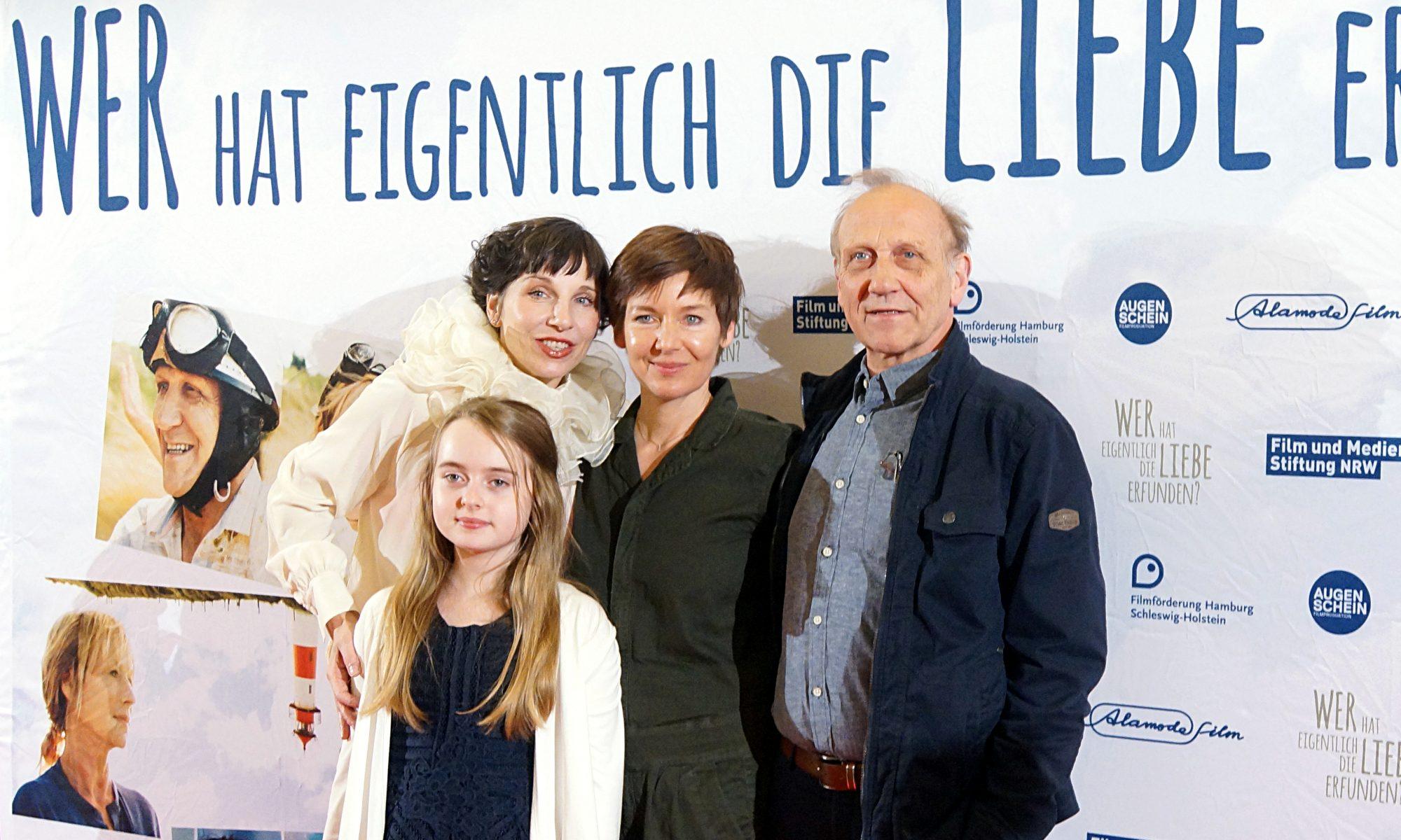 v.l.n.r.: Meret Becker, Annalee Ranft, Kerstin Polte, Karl Kranzkowski Foto: Maxi Braun